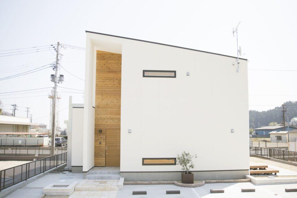 【建築実例の追加】R+house:メインビジュアル