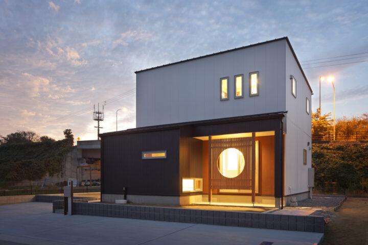 リモートワークにも最適な書斎がある30坪の和モダンの家